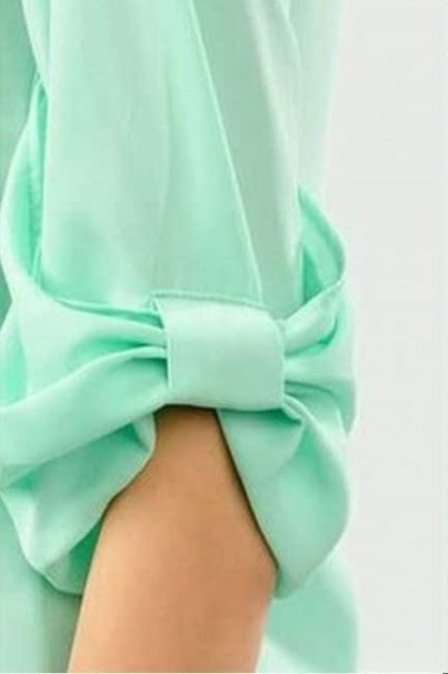 The bow sleeves