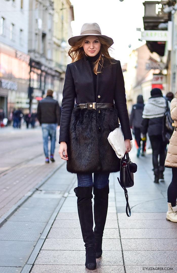 Zagreb street style moda Ilica siječanj 2016; kako kombinirati fedora šešir, elegantan crni kaput, uske traperice, crne čizme preko koljena, torbica s pompon privjeskom, Marija Maretić