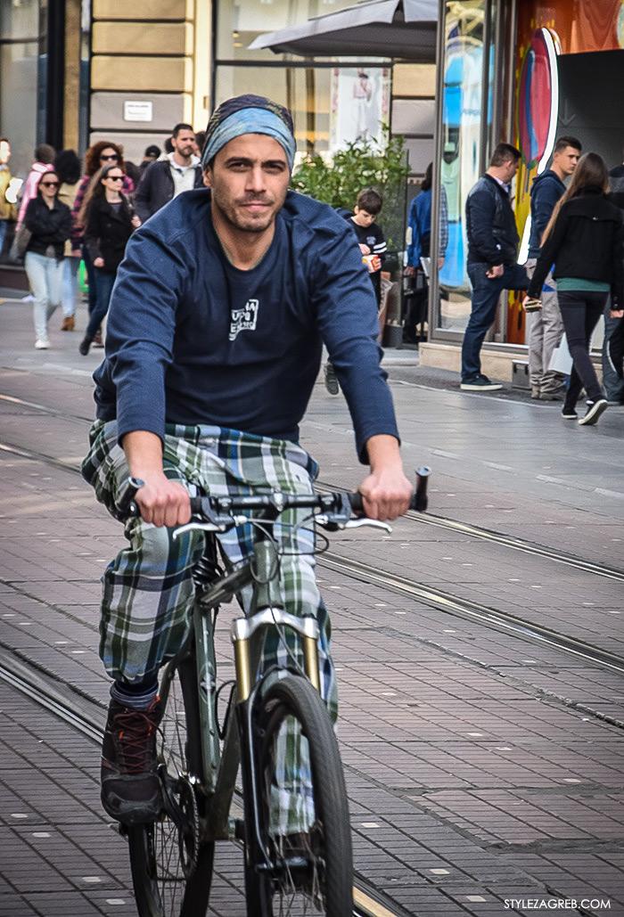 Zagreb street style proljeće ulična moda dečki, casual muška moda na biciklu Ilica