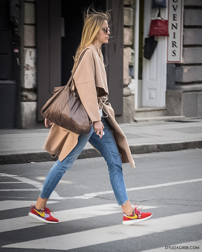 Zagreb street style, zagrebacka spica moda 2016, proljeće ulična moda cure, Nike crvene tenisice i poderane traperice, Style Zagreb