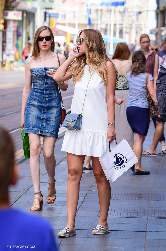 Ljeto ženska moda zagrebačka špica, street style Zagreb, kako nositi bijelu mini haljinu