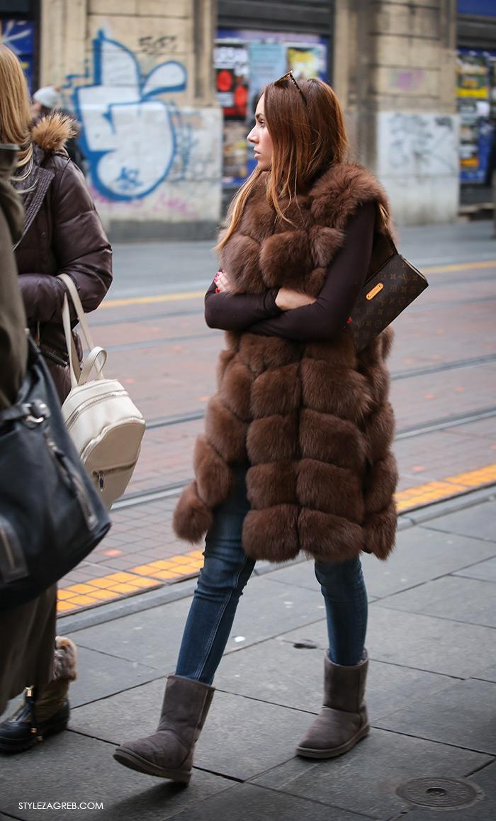 Street Style Zagreb Croatia, Shop best of Zagreb's winter look, Women's winter fashion how to wear brown fur waistcoat, LV bag, UGG boots, Ulična moda u Zagrebu, špica subota Advent u Zagrebu, treća adventska nedjalja, 17. prosinac 2016. kako kombinirati moda zima smeđi krzneni prsluk, UGG čizmice i LV torbica stajling