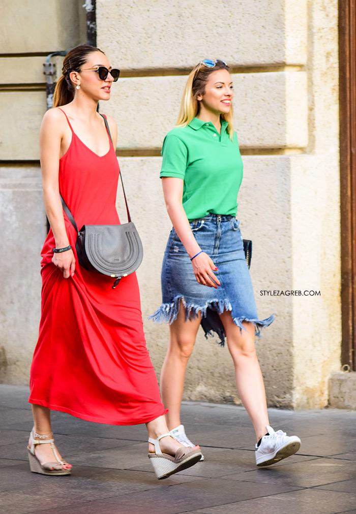 17 street style outfita koji kažu - Ljeto je stiglo! | Style Zagreb street style zagreb špica novo outfiti ljeto traper poderana mini suknja, bijele tenisice, crvena đersej pamučna maksi haljina i sandale na punu petu lijepe cure ljetna moda