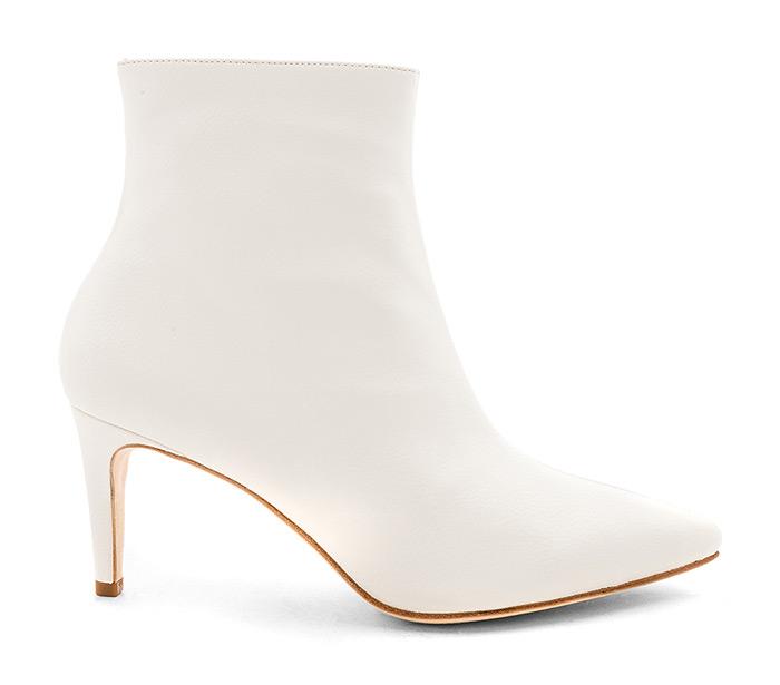 Moda trend: nose se bijele čizme