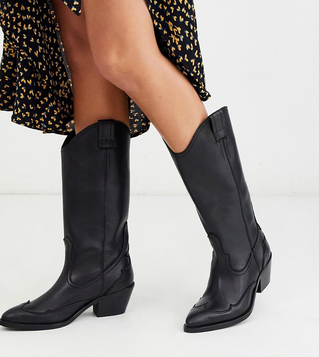 kaubojke 2019 street style zagreb ženska moda zima 2019 crne kaubojke