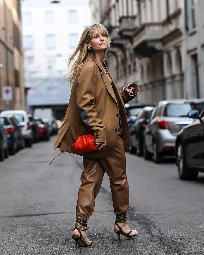 kako kombinirati kožni šorcevi šorc hlače street style outfit zagreb milano