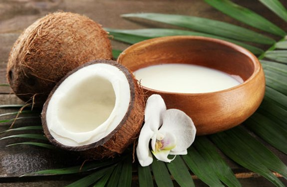 Home remedies for healthy Hair with Coconut Milk
