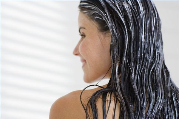 Home remedies for healthy Hair with egg yolk