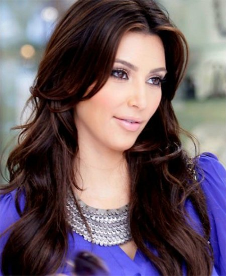 Kim Kardashian's layered waves