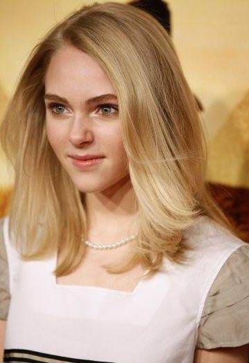 Bold and Sleek Medium length hairstyles