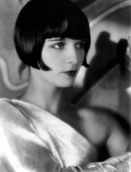 1920s Blunt bob haircuts