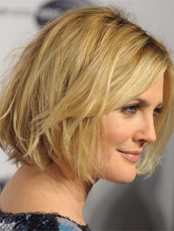 Superb Short Hairstyles for Women Over 50 | Stylezco