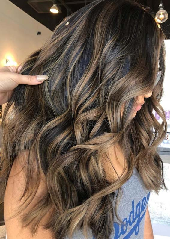 Gorgeous Brunette Balayage Hair Highlights Ideas For 2018