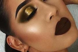 Deep Makeup Trends With Dark Lips & smokey Eyes 2018