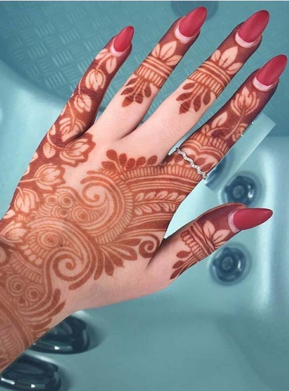 Modern Mehndi Designs for Ladies in 2109