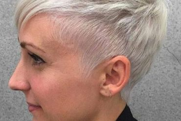 Platinum Blonde Pixie Haircuts You Should Try Now