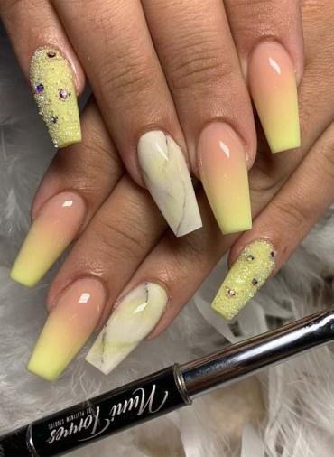 Banana Yellow Nail Polish Ideas for Texas Nails for 2019