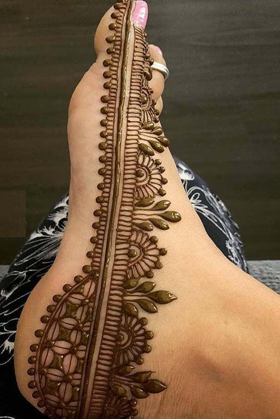 Perfect Feet Henna Design for 2019