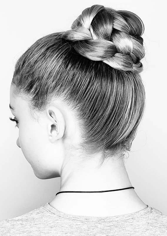 Fantastic Sleek Top Updos Bun Hairstyles Trends For 2019 Stylezco