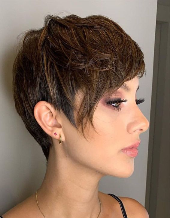 Elegant Short Haircuts & Hairstyle for Girls In 2019