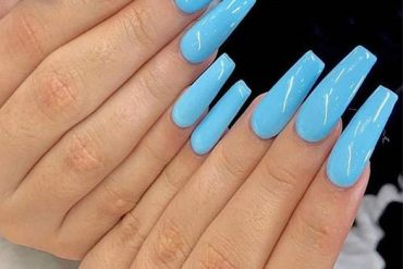 Pretty Nails Art Ideas that are Easy to Wear