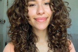 Short Curly Hairstyles For Beautiful Girls In 2019 Stylezco