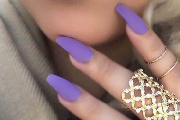 Wonderful Nail Art Ideas with Matching Lipstick for 2019