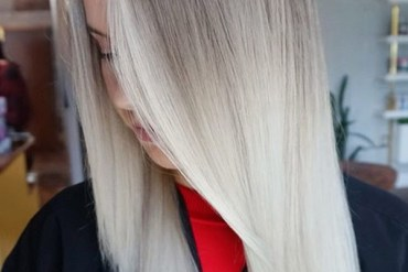Low maintenance platinum blonde hair colors in 2019