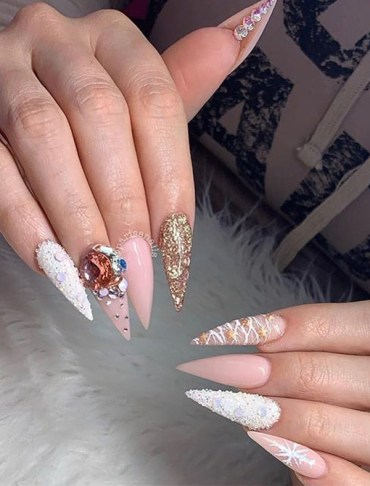 Cutest Charistmas Nail Art Designs for Girls in Year 2020