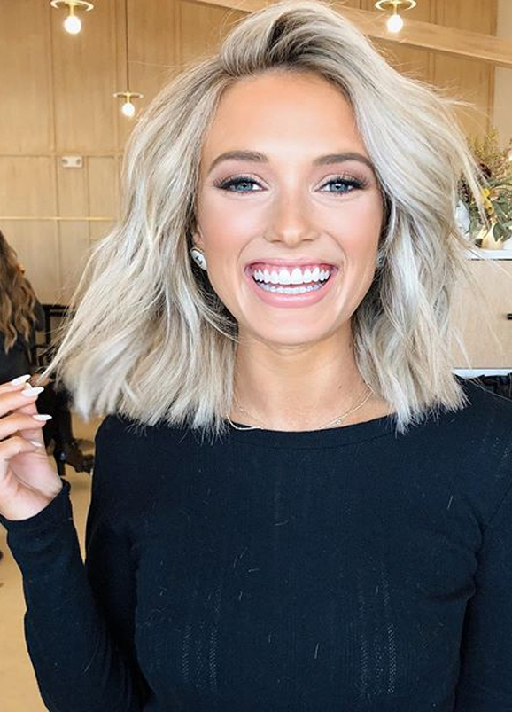 Fantastic Medium Blonde Haircuts for Women to Show Off in 2020 | Stylezco