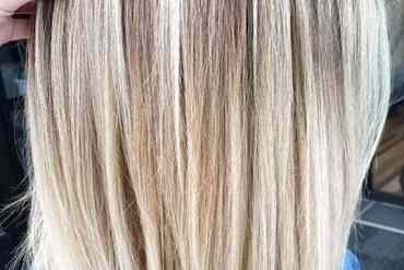 Fantastic Balayage Highlights with Shadow Roots for 2020