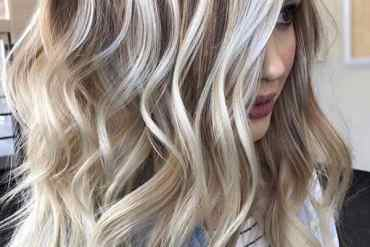 Vanilla Blonde Balayage Hair Color Shades to Show Off in 2020
