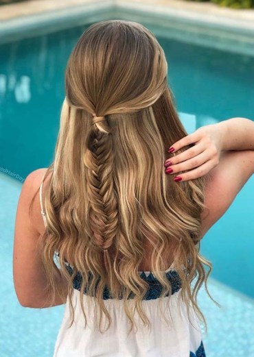 Half up fishtail hair styles for long hair to Try in 2020