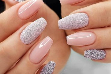 Wonderful & Charming Manicure Ideas for Your Finger