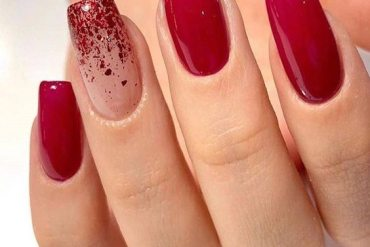 Romantic Style of Red Nails that You'll Love