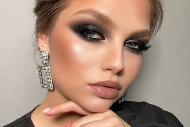Bold Style of Makeup Look you can't live without
