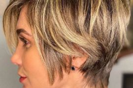 Prettiest Style of Short Hair & Highlights In 2020