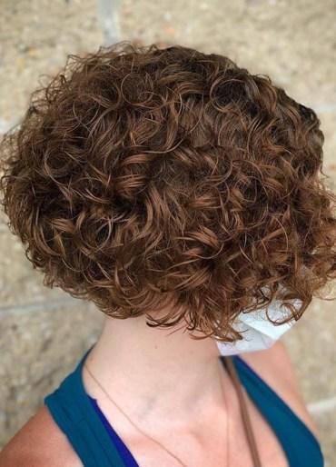 Fashionable Curly Bob Haircuts for Women 2020
