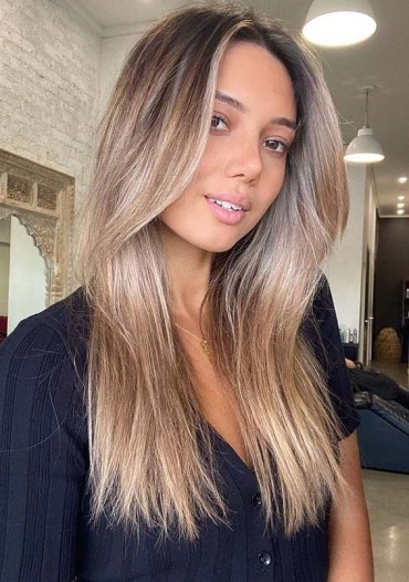 Sensational Bronde Hair Color Shades to Show Off
