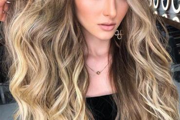 2021 Creamy Blonde Highlights & Hair Trends