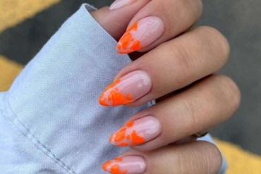Amazing Neon Nail Arts Designs for Girls