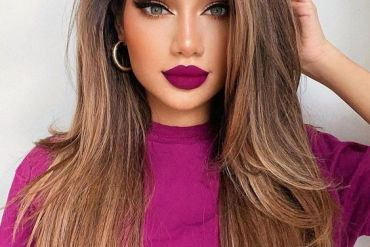 Delightful Hair Color & Makeup Look for Stylish Look