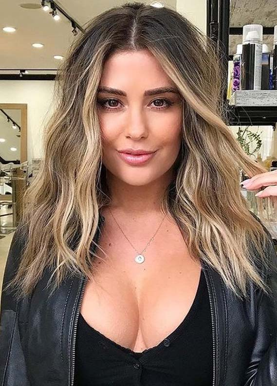 Gorgeous Beach Waves Hair Styles with Balayage Highlights