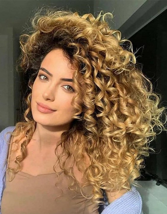 2021 Latest Golden Curly Haircut for All Girls