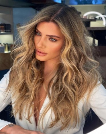 Unique Beach Balayage Hairstyle