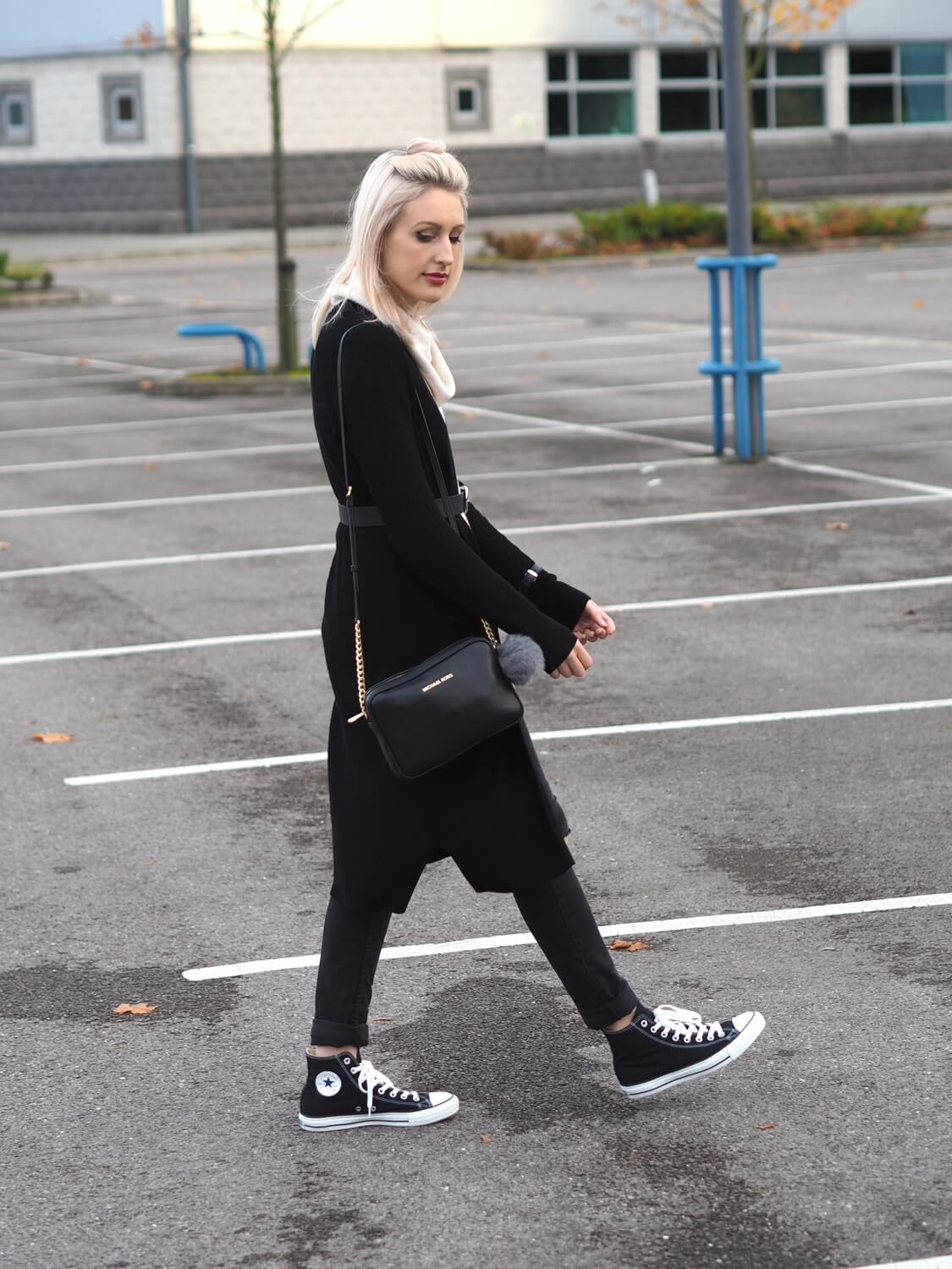 HOW TO LOOK COOL IN BLACK CONVERSE