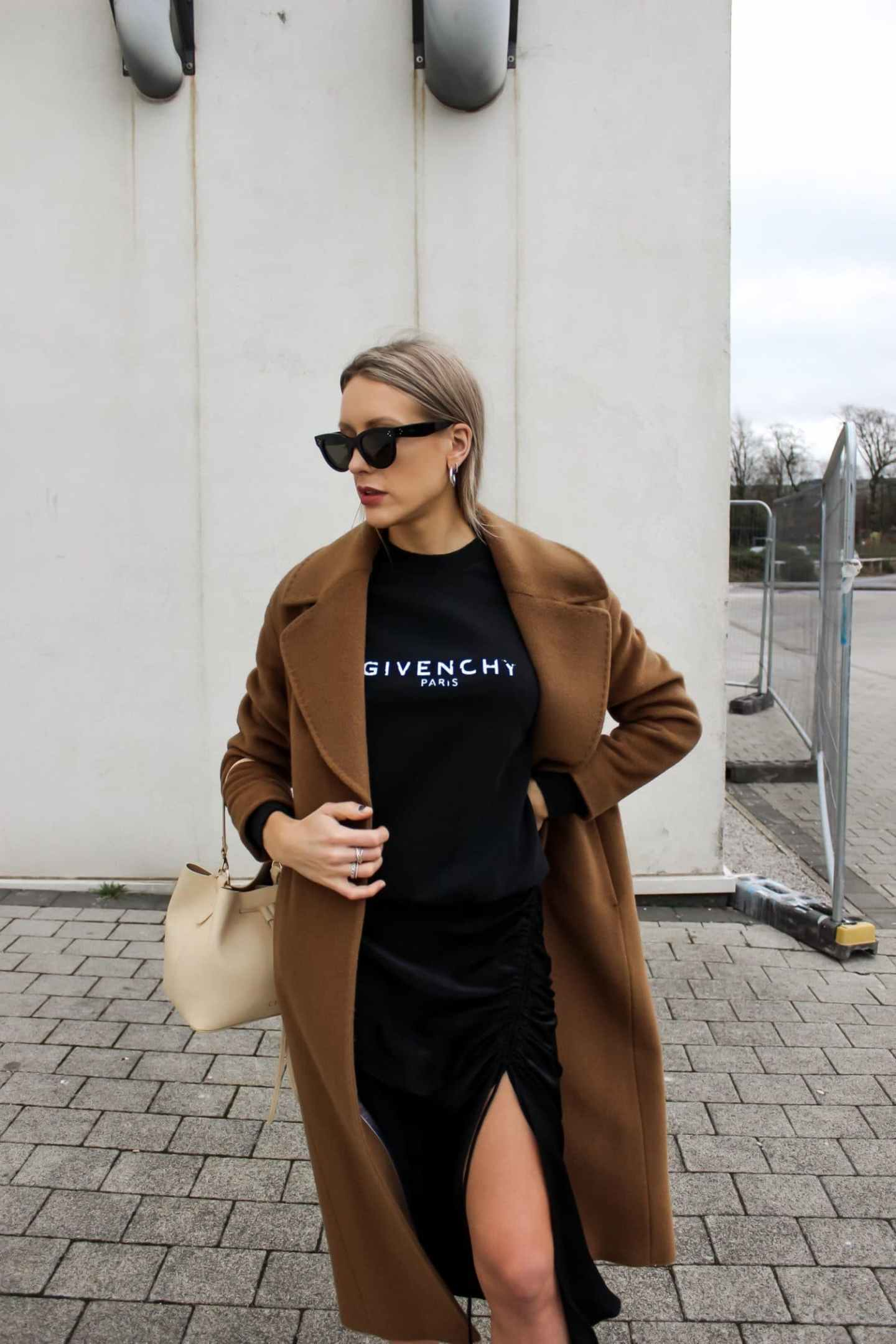 Givenchy street style with Farfetch — High Street Fashion