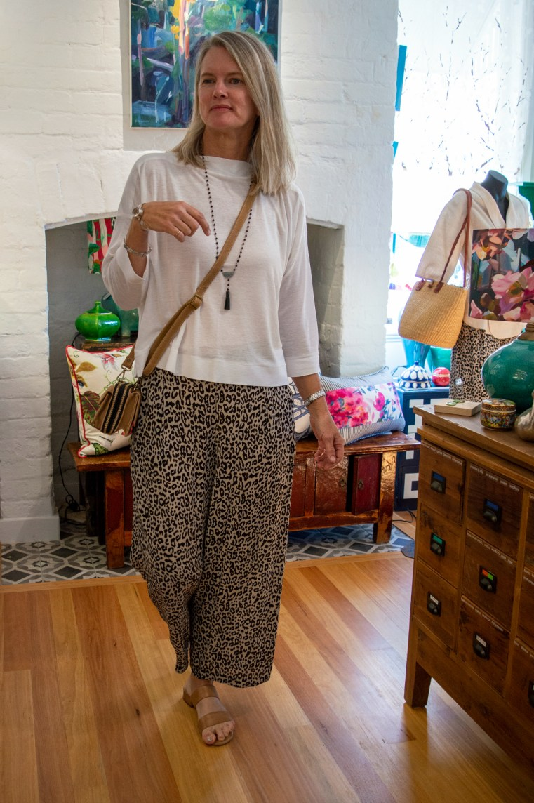Bowerbird collections White tee leopard palazzo pant
