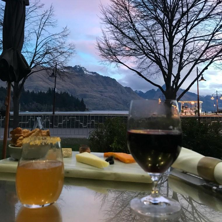 he Lounge Bar, Rodd & Gunn, Queenstown, NZ