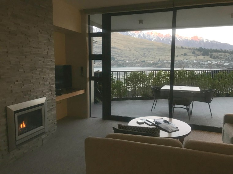 The Rees Hotel, Queenstown, Executive 2-bedroom lakeview apartment